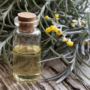 elicriso, olio essenziali, aromaterapia, naturopatiaadomicilio, cure naturali